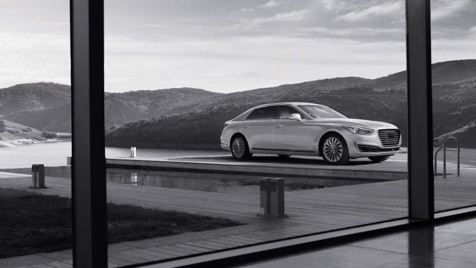 Hyundai Genesis G90 Sedan deckside, as seen from window