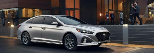 A sideview of the 2018 Hyundai Sonata
